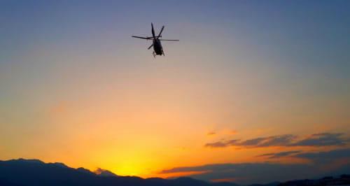 ヘリコプター送迎